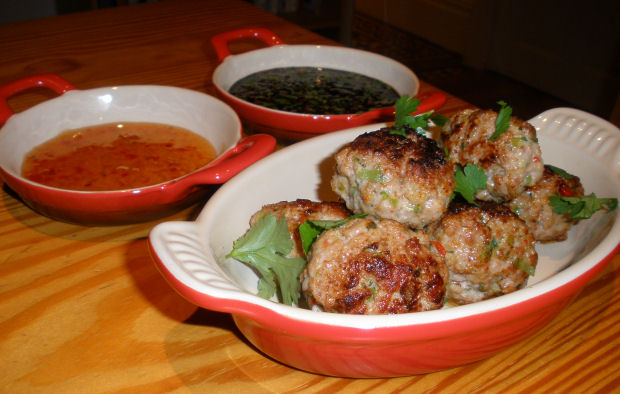 Thai Pork Meatballs With Dipping Sauce Dinner At Home